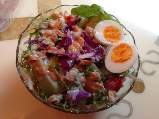 分享到鸡肉蔬菜沙拉的做法步骤 1.