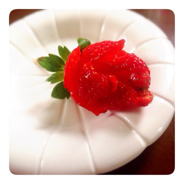 玫瑰草莓的做法_【图解】玫瑰草莓怎么做好吃_井田女