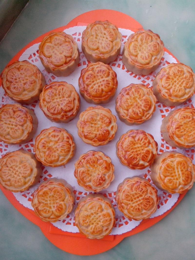 白芸豆馅的广式月饼_石榴树2008的美食日记_豆果美食