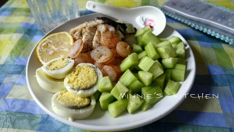 晚餐吃鸡蛋减肥吗_尚赫减肥 早上吃鸡蛋中午鸡肉晚上黄瓜 得吃几天 然后