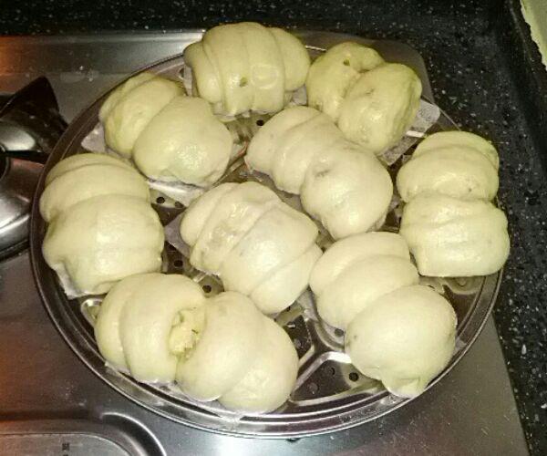 蒸花卷的做法_【图解】蒸花卷怎么做好吃