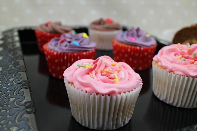 杯子蛋糕的做法_【图解】杯子蛋糕怎么做好吃_米苏