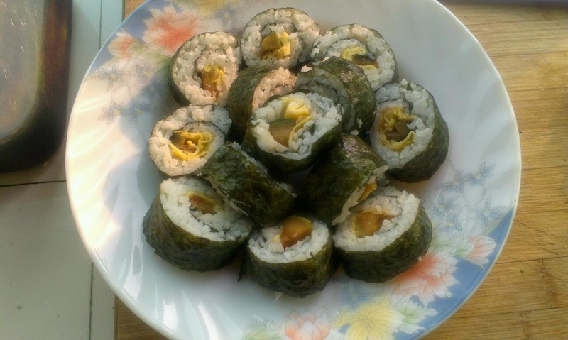 紫菜包饭的做法_【图解】紫菜包饭怎么做好吃_小吃一