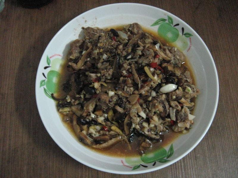 图解 私房菜/【猫记私房菜】猫外婆的香辣排骨煲