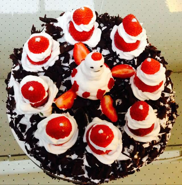 蛋糕 黑森林/黑森林圣诞草莓蛋糕