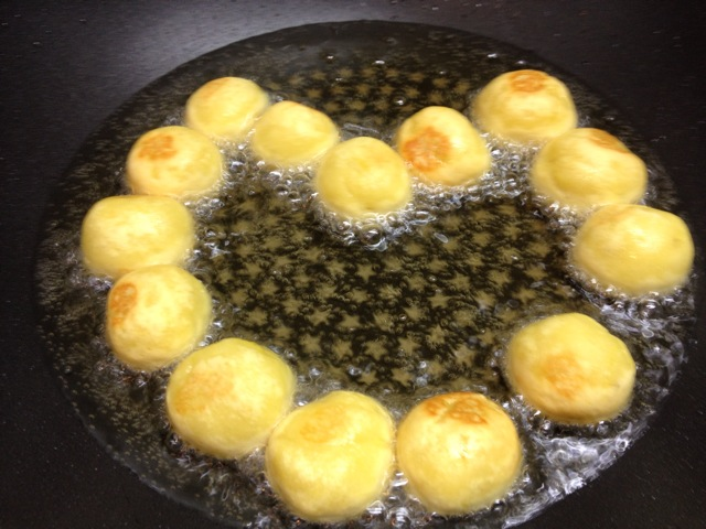地瓜的做法_【图解】红薯丸子!地瓜怎么做