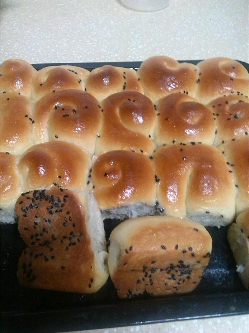 蜂蜜小面包的做法步骤