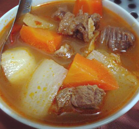 蔬菜豆角汤牛尾焖蔬菜面图片