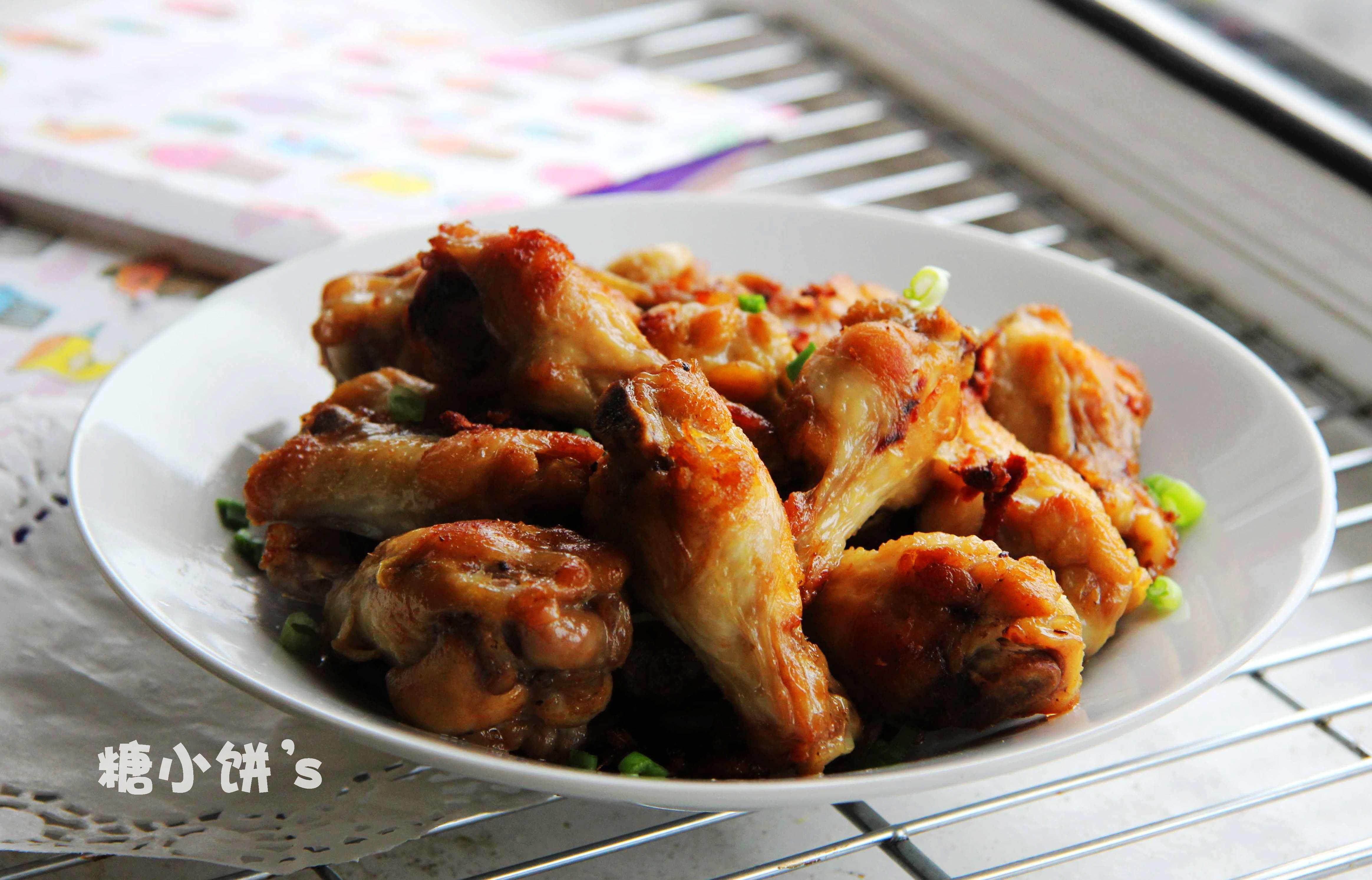 鸡翅 葱油/【葱油姜炒鸡翅】