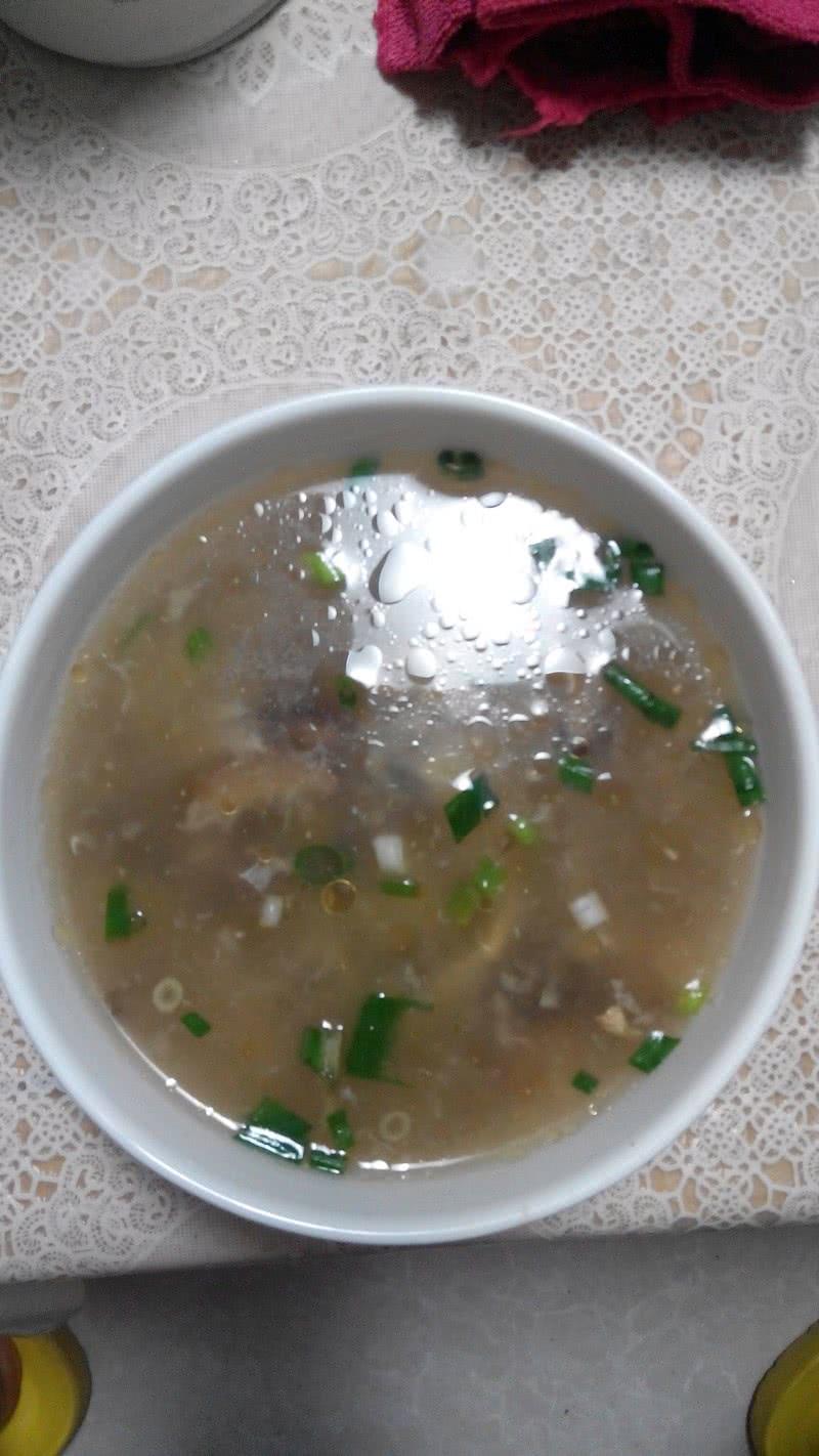蛋花蘑菇汤的做法