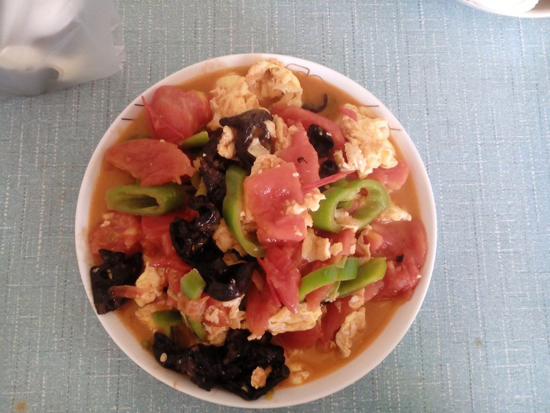 西红柿炒鸡蛋的做法酒楼山镜大菜谱图片