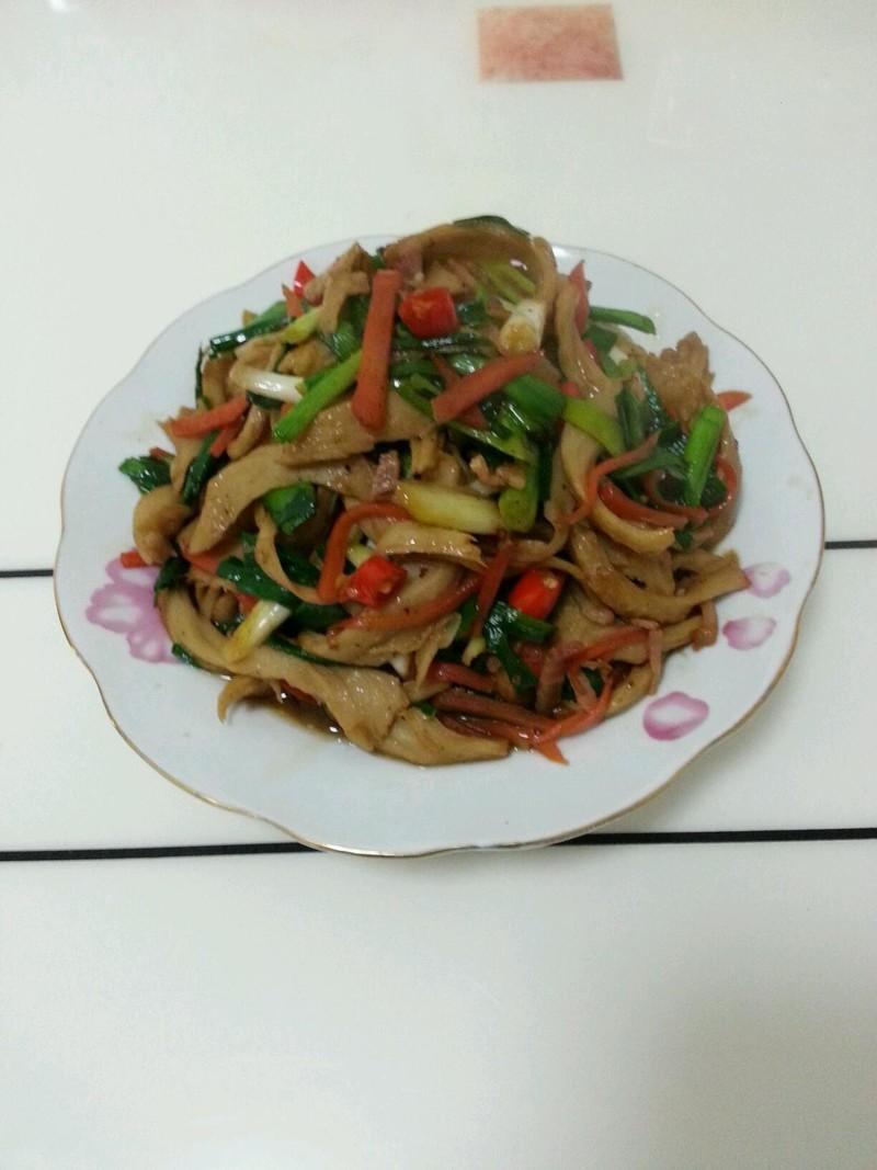 图解 胡萝卜/水面筋炒大蒜胡萝卜