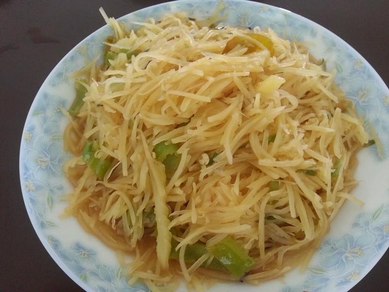 辣椒油适量 生抽适量 白醋适量 香油适量 盐适量 土豆丝的做法步骤 1.