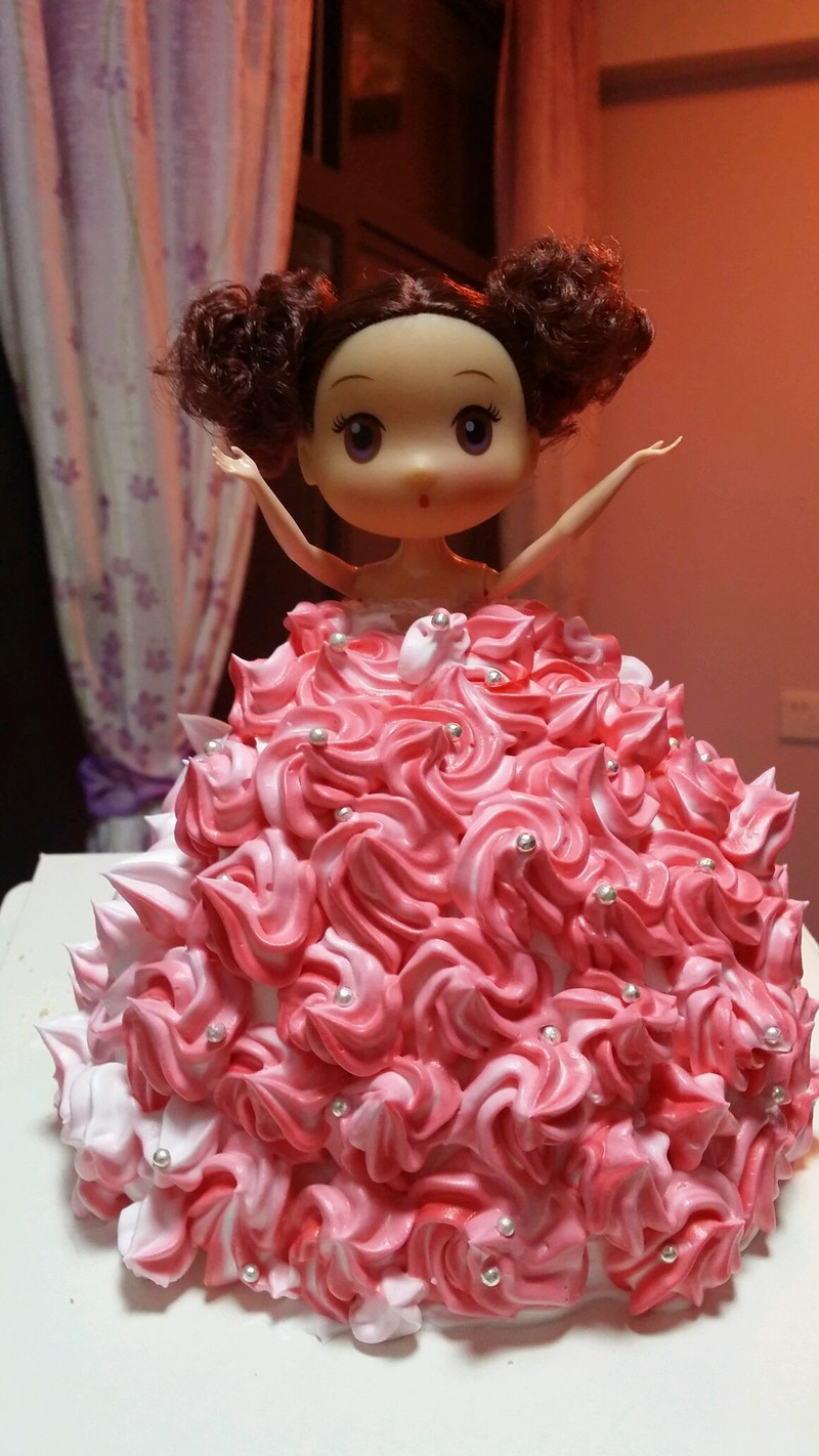 芭比娃娃蛋糕的做法_【图解】芭比娃娃蛋糕怎么做好吃