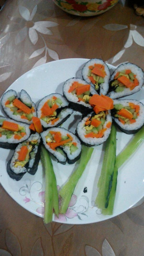 花样寿司的做法_【图解】花样寿司怎么做好吃_花样