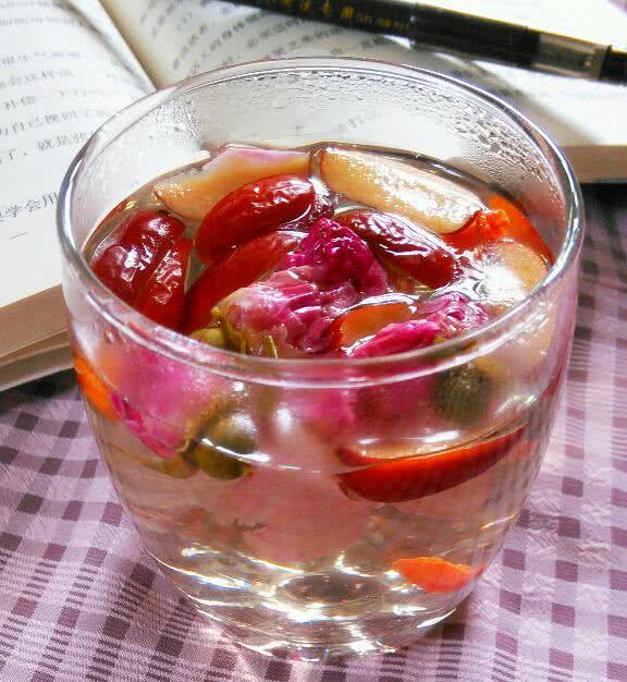 玫瑰花茶的做法_【图解】玫瑰花茶怎么做好吃
