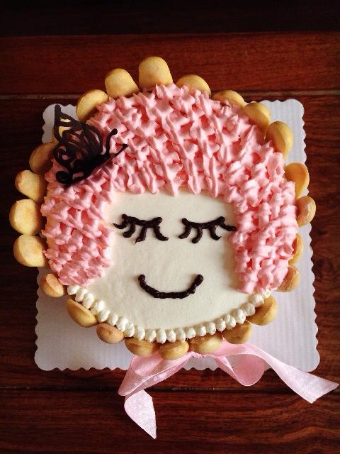 小女孩蛋糕