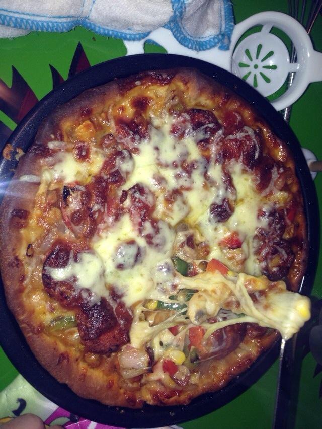 口蘑火腿披萨的做法步骤