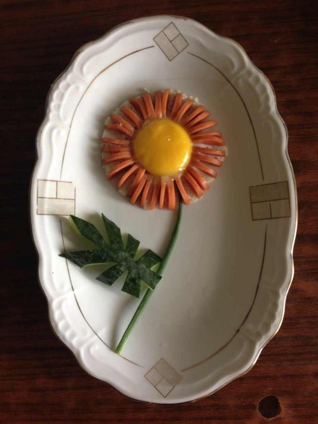椰岛风水果拼盘 小猪蛋羹 郁金香可爱早餐 爱心火腿煎蛋 小猪猪和它