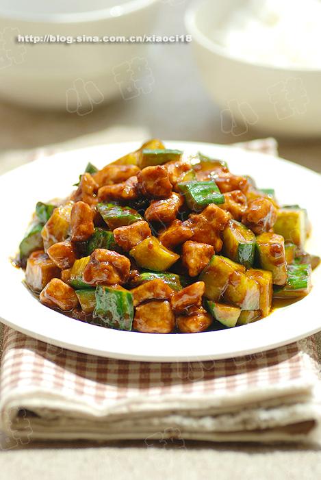 酱爆肉丁的做法 酱爆肉丁怎么做好吃 小辞xiaoci分享的酱爆...