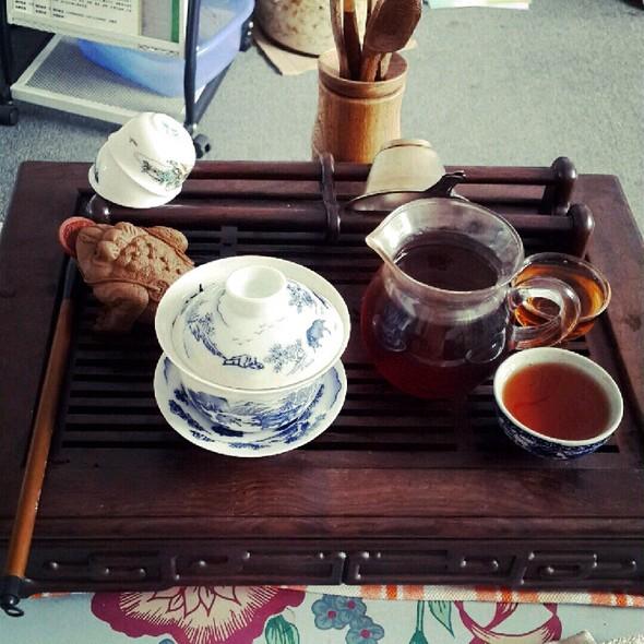 喝茶的可爱图片
