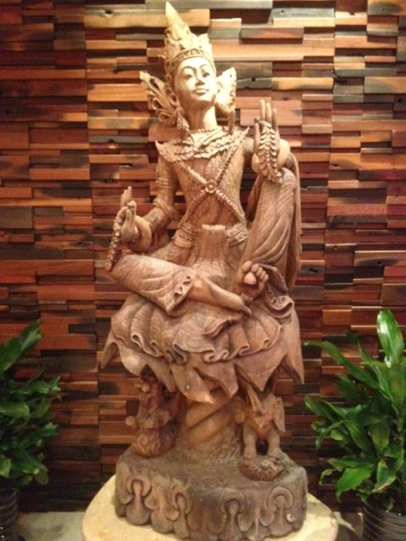 江忠世郎神像木雕刻